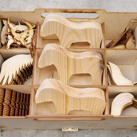 drewniane materiały do składania koników