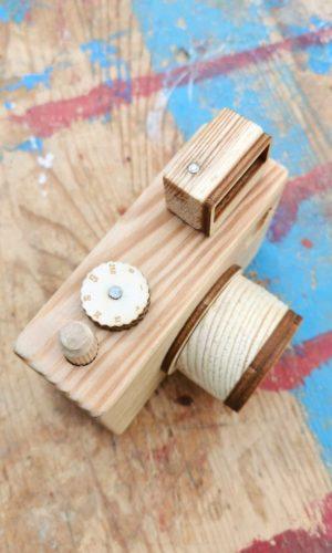 drewniany aparat, zabawka