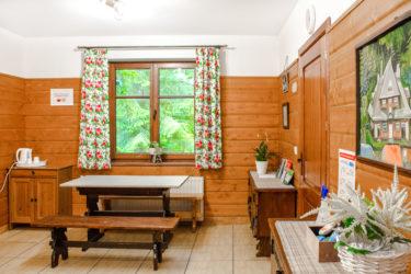Sala kominkowa w Ośrodku Górskim Kordon, miejsce do wypoczynku